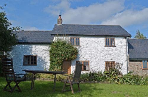 Big Cottages - Cosy Welshpool Cottage S21465