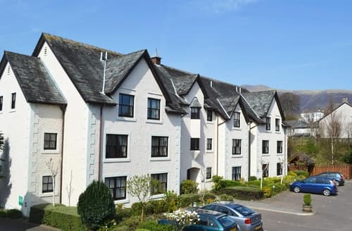 Last Minute Cottages - Cosy Keswick Apartment S84556
