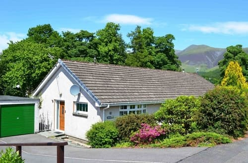 Dog Friendly Cottages - Inviting Keswick Cottage S84848