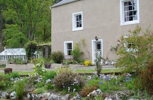Last Minute Cottages - Delightful Thornthwaite Lodge S85076