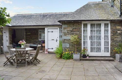 Last Minute Cottages - Captivating Lowick Lodge S81188