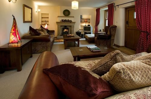 Big Cottages - Splendid Kendal And Lakes Gateway Cottage S84531