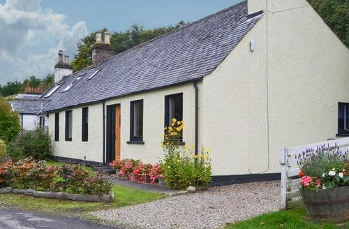 Last Minute Cottages - Superb Strathpeffer Cottage S37673
