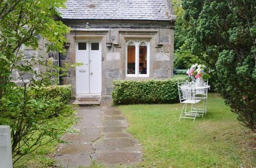 Last Minute Cottages - Quaint Beauly Lodge S42002
