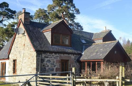 Big Cottages - Gorgeous Beauly Cottage S44165