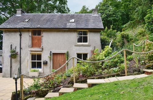 Last Minute Cottages - Cosy Helensburgh Cottage S40944