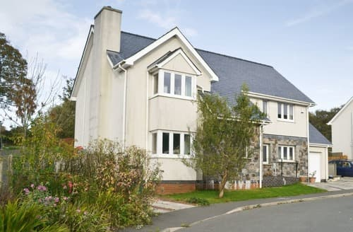 Big Cottages - Adorable Rhosneigr And Aberffraw Cottage S42437