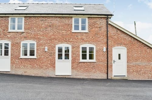 Big Cottages - Cosy Mold And The Clwydian Range Cottage S37454
