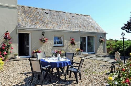 Last Minute Cottages - Tasteful Tenby Cottage S94882
