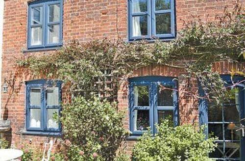 Last Minute Cottages - Delightful Melton Constable Cottage S17516