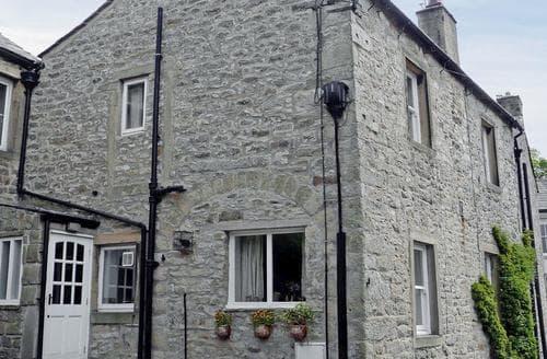 Big Cottages - Inviting Settle Cottage S86043