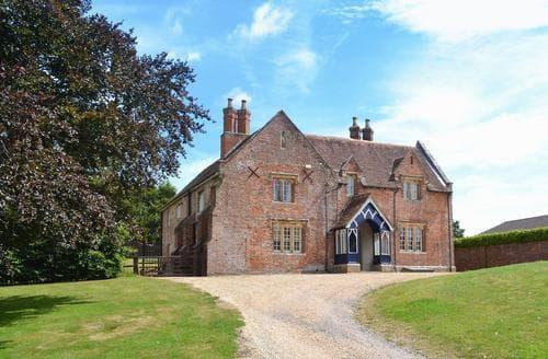 Big Cottages - Charming Wimborne Cottage S19983