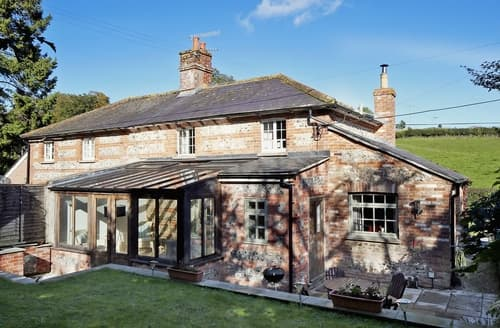 Last Minute Cottages - Superb Blandford Forum Cottage S19662