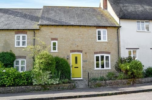 Last Minute Cottages - Charming Beaminster Cottage S19591
