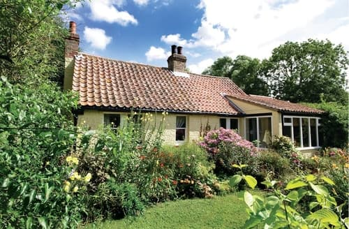 Big Cottages - Attractive Louth Cottage S15797