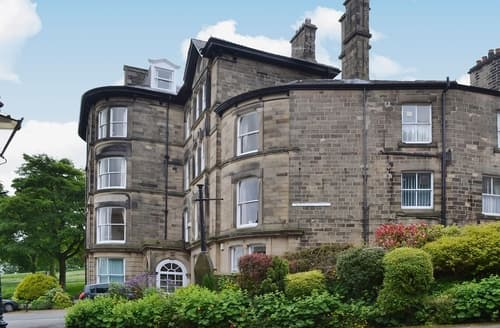 Last Minute Cottages - Gorgeous Buxton Apartment S16509