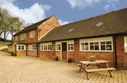 Last Minute Cottages - Luxury Stafford Cottage S16049