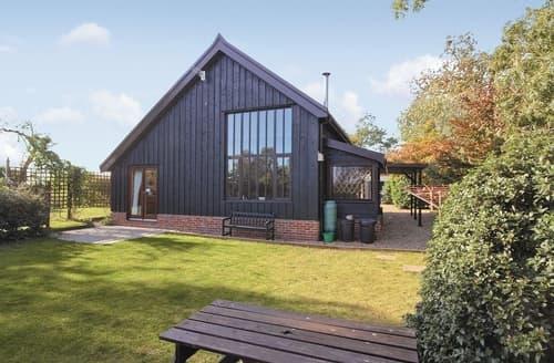Big Cottages - Wonderful Woodbridge Cottage S18060