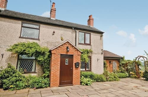 Last Minute Cottages - Lovely Leek Cottage S16032