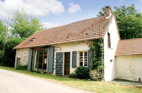 Last Minute Cottages - Le Coquelicot - F23100