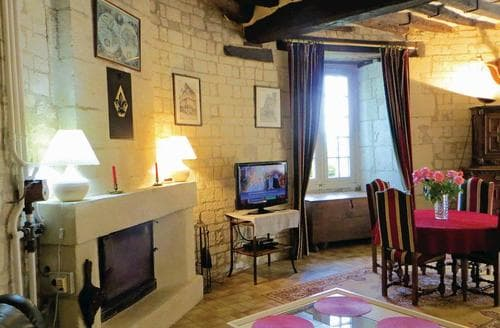 Last Minute Cottages - Quaint Chinon Cottage S118367