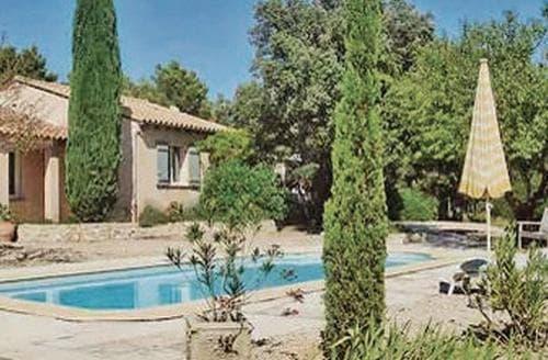 Last Minute Cottages - L'Oliveraie