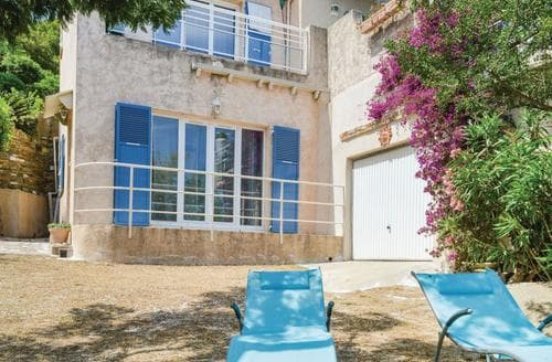 Last Minute Cottages - La Crique Rocheux