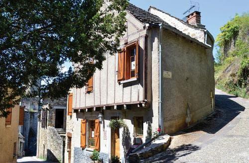 Last Minute Cottages - Najac