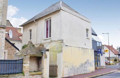 Big Cottages - Captivating Caen Cottage S118484