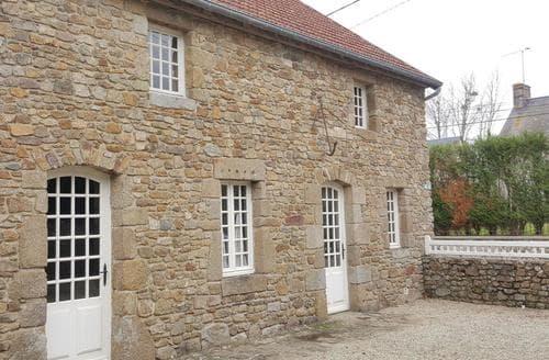 Last Minute Cottages - Tourville sur Sienne