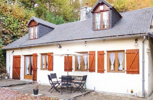 Last Minute Cottages - Maison dans les Bois