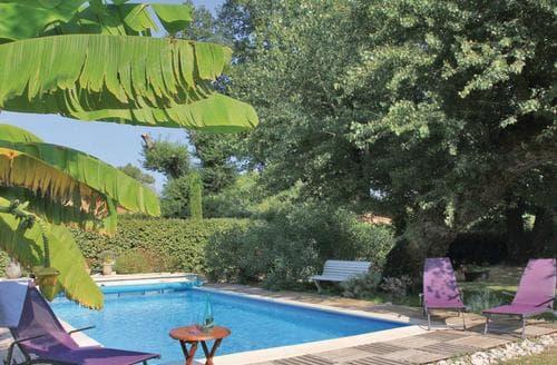 Last Minute Cottages - Dans Les Arbres