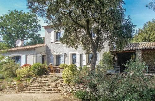 Last Minute Cottages - Maison des Arbes