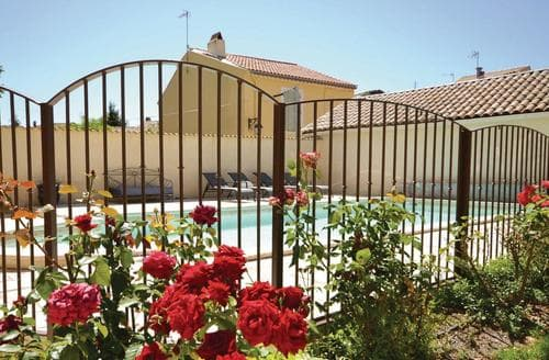 Last Minute Cottages - Maison de la Tour