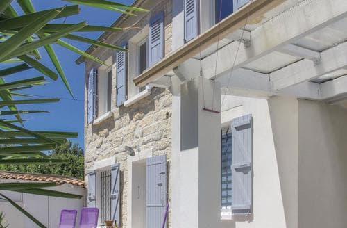 Last Minute Cottages - La Maison des Palmiers