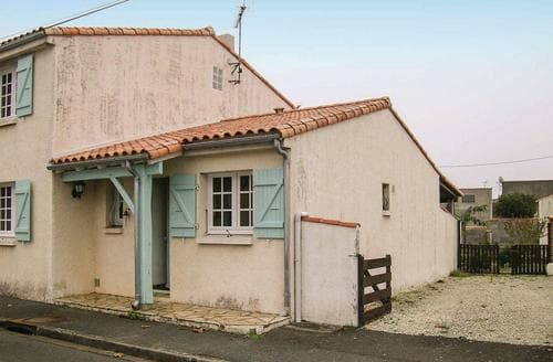 Last Minute Cottages - Maison Cotier