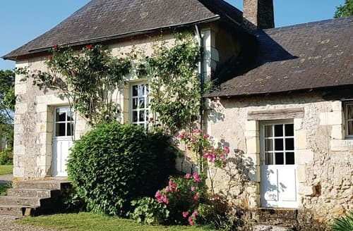 Last Minute Cottages - Wonderful Saumur Cottage S118423