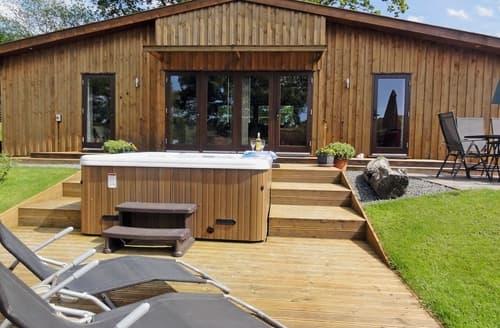 Big Cottages - Gorgeous Llandrindod Wells Lodge S21375