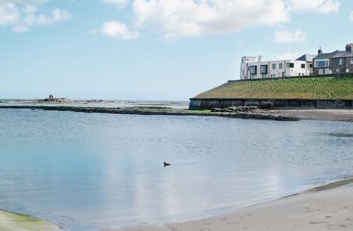 Big Cottages - Quaint Seahouses Cottage S14663
