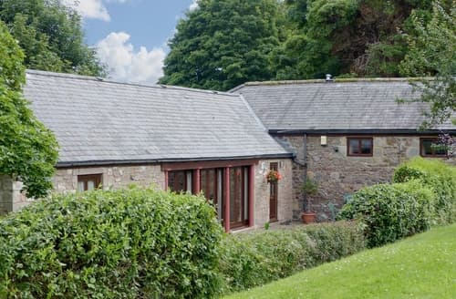 Big Cottages - Tasteful Wooler Cottage S14747