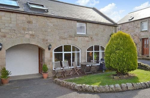 Big Cottages - Inviting Bamburgh Cottage S14425