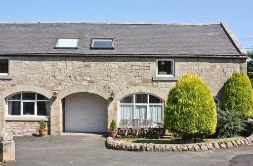 Big Cottages - Beautiful Bamburgh Cottage S14433