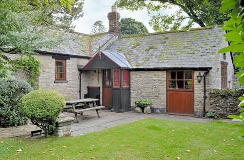 Last Minute Cottages - Excellent Stow On The Wold Cottage S16295
