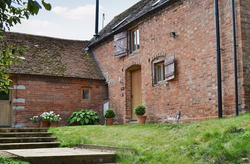 Big Cottages - Inviting Warwick Cottage S15956
