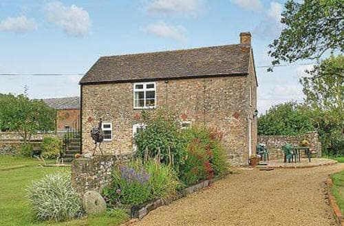 Last Minute Cottages - Stunning Stroud Cottage S16316