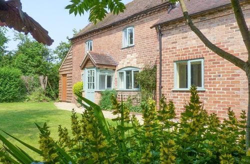 Big Cottages - Charming Evesham Cottage S24888