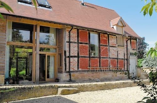 Last Minute Cottages - Tasteful Cheltenham Cottage S16133