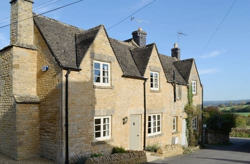 Last Minute Cottages - Delightful Stow On The Wold Cottage S16297