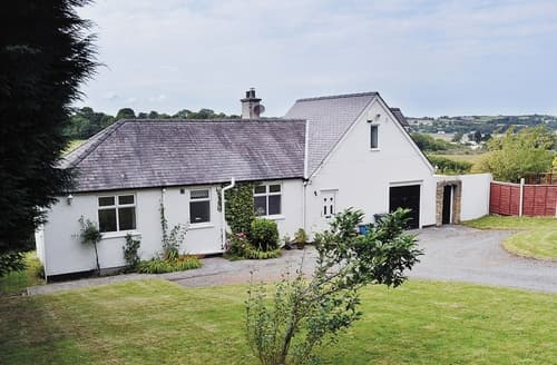 Big Cottages - Lovely Beaumaris Cottage S22051