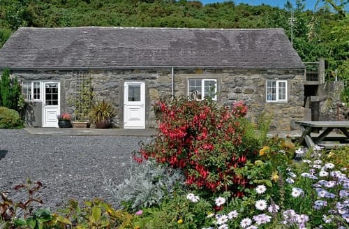 Last Minute Cottages - Tyn Y Muriau